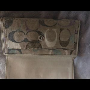 Women's wallet Coach